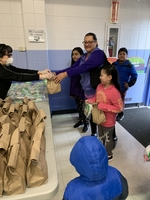 Grab 'N Go School Breakfast and Lunch Meals takes-off at Summit SD104 During Period Of  Mandated School Closures